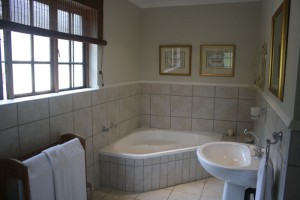 Elgin Guesthouse -Bathroom